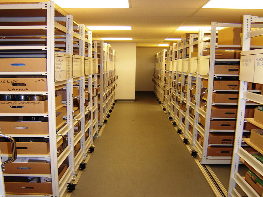 mobile-system-Quality-Storage-Solutions-4